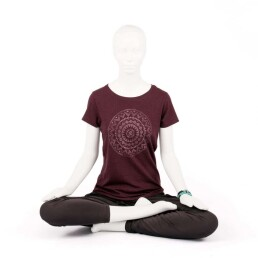 t-shirt yoga mandala