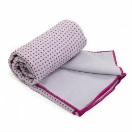 Yoga towel grip