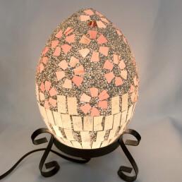 Lampada 'Uovo' mosaico rosato