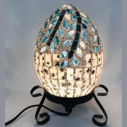 Lampada in mosaico argento e azzurro